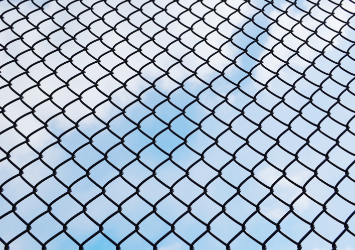 chain link fence on best chain link fence how to choose the best chain link fence hercules newport news